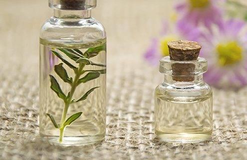 Aromaterapia, aceites esenciales, añade efectos benéficos al masaje